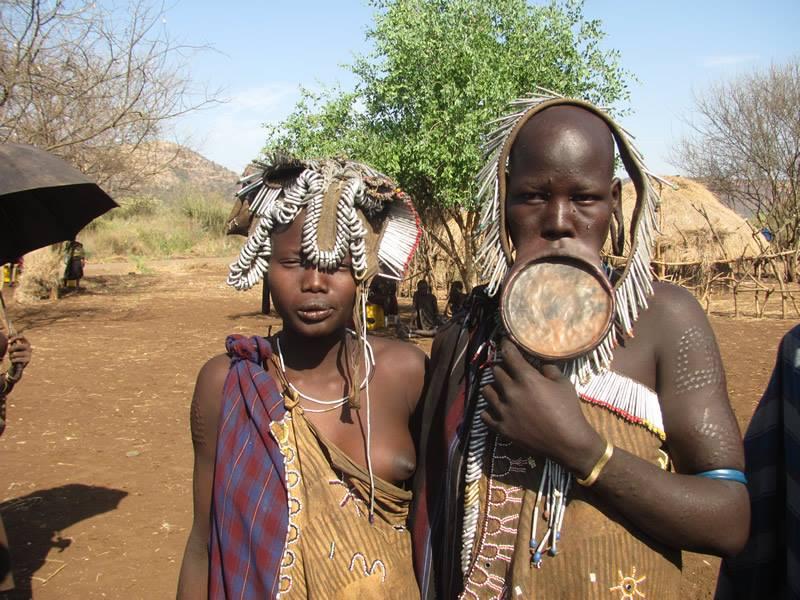 שבטי הדרום באתיופיה עולם הספארי עמק האומו